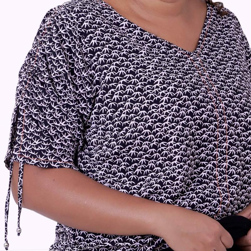 Blusa Repuxe Upstart Plus Size