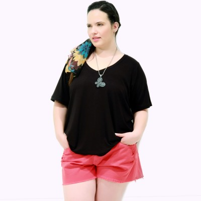 Camiseta Black Básica Plus Size