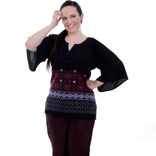 Túnica Lívia Bordado Plus Size